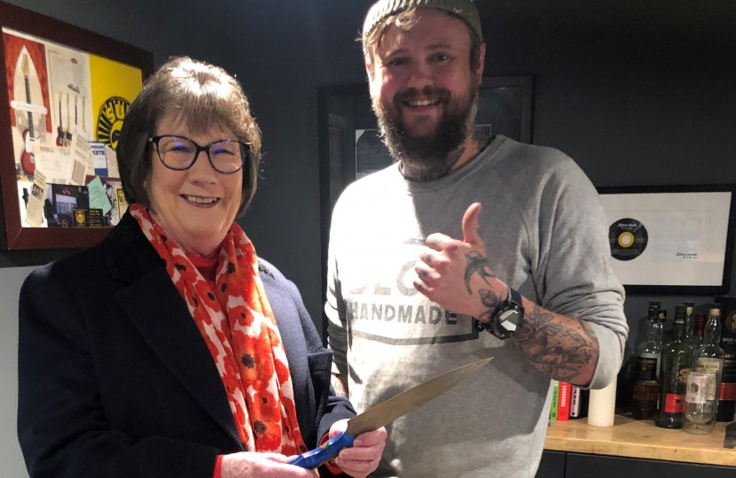 Pauline Latham OBE MP visits Blok Knives in Little Eaton